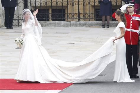 Kates Wedding Dress : Kate Middleton's Second Wedding Dress