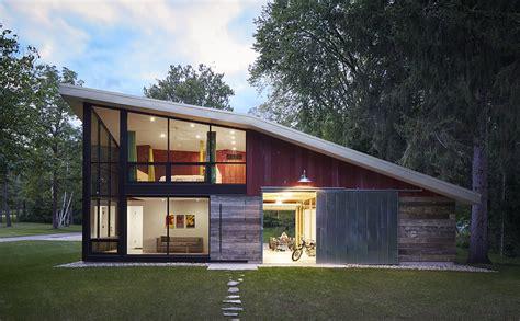 Midwestern Folly A Modern Barn Retreat  Small Project