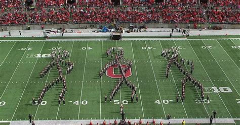 entire ohio state marching band flossing  formation