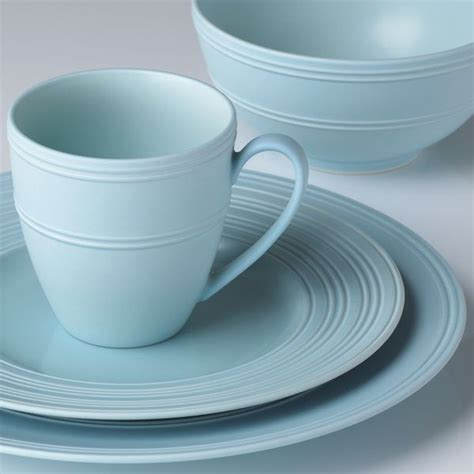 pottery barn lenox 22 best images about dishes on peacocks place