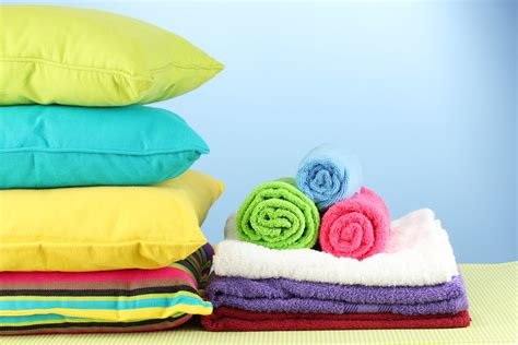 should you wash your clothes with towels and sheets 4j laundromat