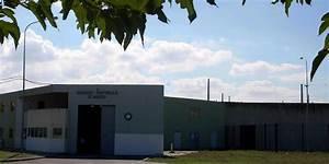 Le Bon Coin Deco Maison : il sous louait sa maison de fonction dans la prison sur le bon coin ~ Melissatoandfro.com Idées de Décoration
