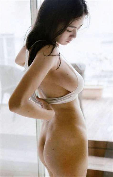 katayama moemi oshiri out nude porn image