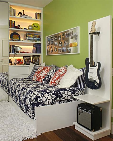 decorating small bedrooms  teenager wall shelves ikea
