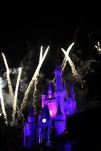 Walt Disney World images Cinderella Castle at night, with ...