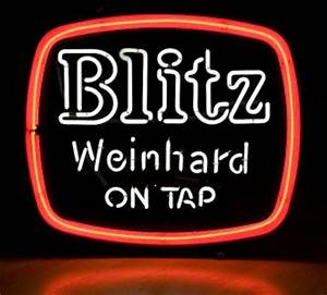 Vintage Blitz Weinhard Neon Bar Sign Portland Oregon Beer