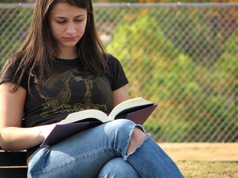 A Girl Reading  Wwwimgkidcom  The Image Kid Has It