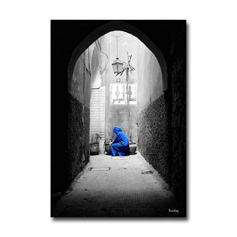 cadeau original cuisine tableau médina bleu fond noir et blanc 55 x 80 cm une idée de cadeau original