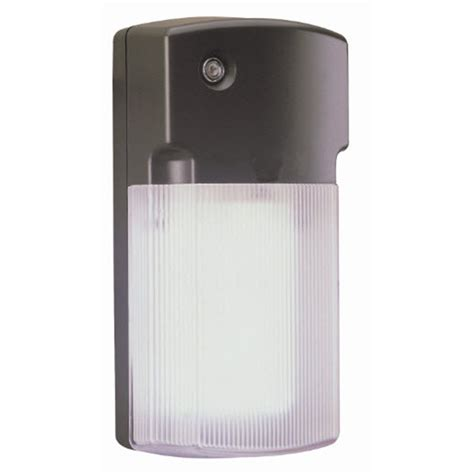 dusk to dawn light lowes shop utilitech 6 watt bronze cfl dusk to dawn security