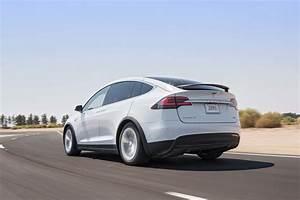 Tesla Modele X : 2016 tesla model x 75d first test review motor trend ~ Melissatoandfro.com Idées de Décoration