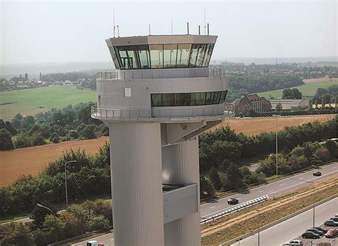 bureau de controle batiment tour de contrôle liège airport berger bureau d