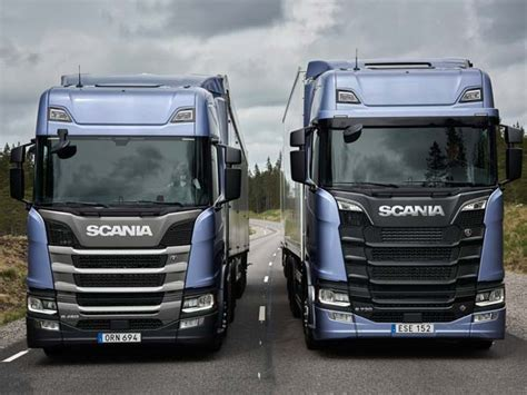 2017 Truck Of The Year by Scania R And S Named Truck Of The Year 2017 Drivespark News