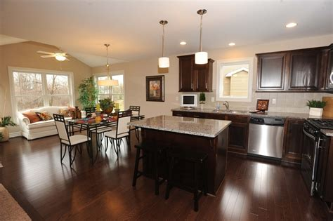 Applying Some Interior Design For Open Kitchen With Dining