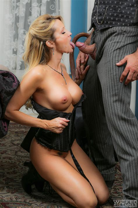 Beautiful Blonde Got Fucked From The Back Photos Jessica Drake MILF Fox