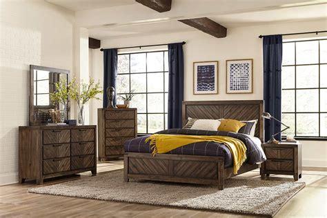 Homelegance Bedroom Set by Homelegance Parnell Bedroom Set Rustic Cherry 1648