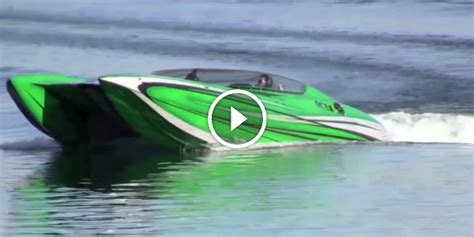 Fast Do Boats Go by Fast Speed Boat Www Imgkid The Image Kid Has It