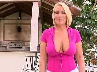 Free Mature Hardcore Sex Videos With Naked Old Women And