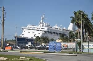 Carnival Paradise Cruise Ship Sinking News bahamas celebration cruise ship runs aground and strands