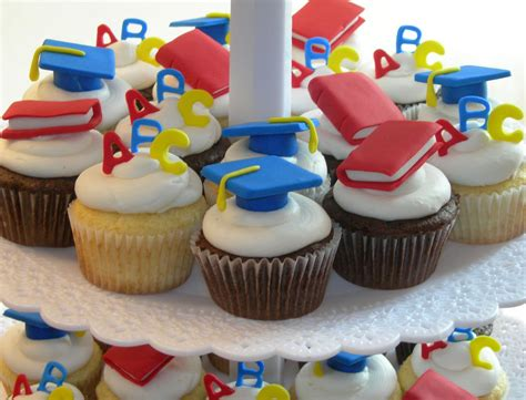 preschool and kindergarten gradutaion cupcake toppers 237 | cdae0c8ac1716b5fcc38036a7c427f7a