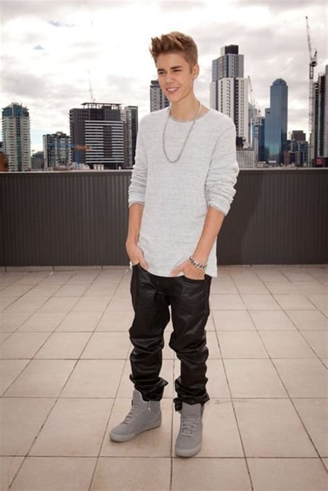 Jeans: fashion, swag, justin bieber, shoes   Wheretoget