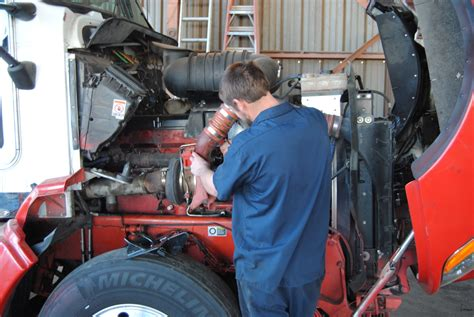 Feel the difference by hiring a professional Diesel mechanic in Brisbane