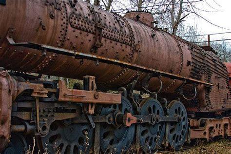 rusting steam engines   hope  ivyland railroad