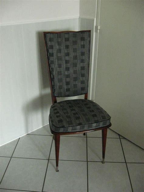 comment tapisser une chaise preteatoutfaire chaise de salle re tapisser