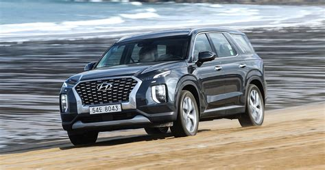 hyundai palisade  drive review croc eyes