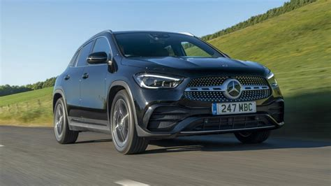 The further up the range you go, the classier the interior looks thanks. 2020 Mercedes-Benz GLA Review | Top Gear