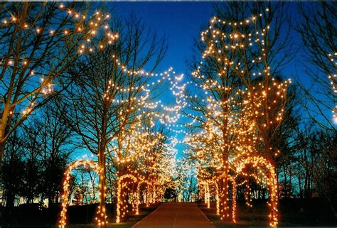 christmas lights in cincinnati ohio 7 dazzling christmas light displays cincinnati holiday