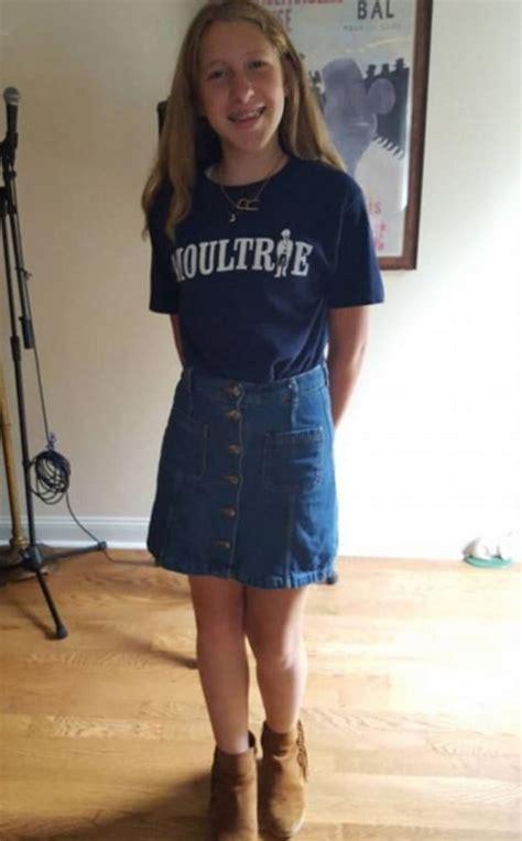 mom slams school  daughters skirt ridiculed