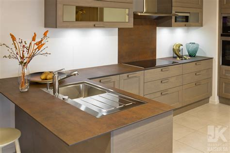 marbrerie kaiser sa plan de travail de cuisine en céramique