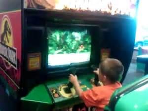 CHUCK E CHEESE Vortex V3 Arcade And Jurassic Park - YouTube