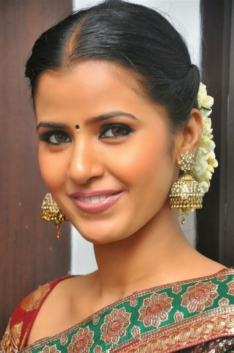 High Quality Bollywood Celebrity Pictures Tamil Actress