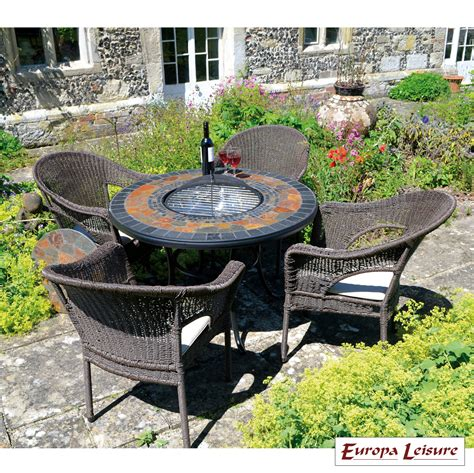 durango firepit table with 4 woburn chairs