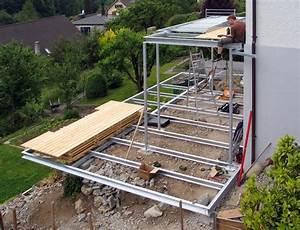 Stahlkonstruktion Terrasse Kosten : metall werk z rich ag balkon und terrasse mit holzboden ~ Lizthompson.info Haus und Dekorationen