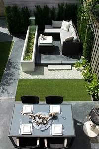 1 idee deco jardin exterieur avec meubles d exterieur With idee terrasse exterieure contemporaine 7 amenager une cour moderne avec une composition de graviers