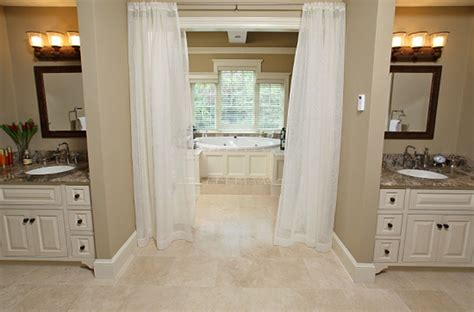 The Benefits Of A 'jack And Jill' Bathroom