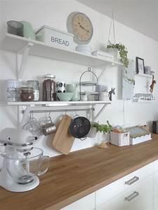 Ikea Küche Wandregal : k che mit neuem mintfarbenen porzellan offene regale ~ Lizthompson.info Haus und Dekorationen