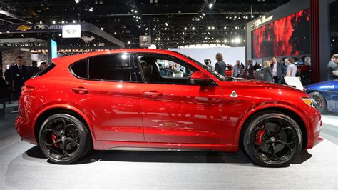 alfa romeo stelvio la  photo gallery autoblog