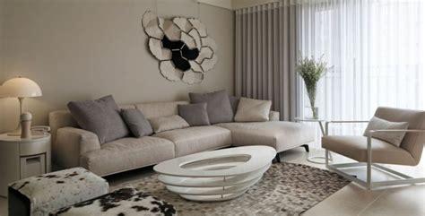 Decoration-salon-design-moderne-peinture-gris-et-taupe
