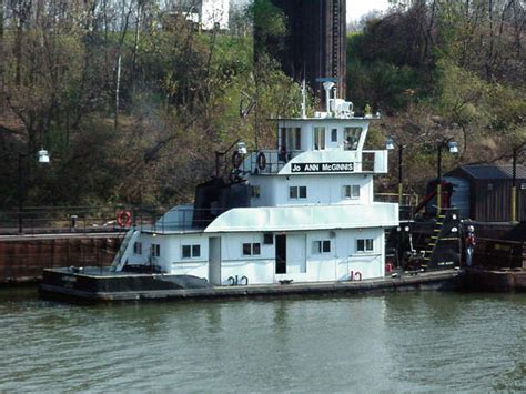 Pontoon Boat Sinks In Ohio River by Ohio Towboat Sinks Shipwreck Log