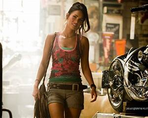 Megan Fox Transformers Revenge Of The Fallen Motorcycle ...