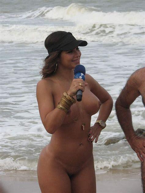 Hot Amateur Beach Pic Of Big Round Latina Ass Bluemaize