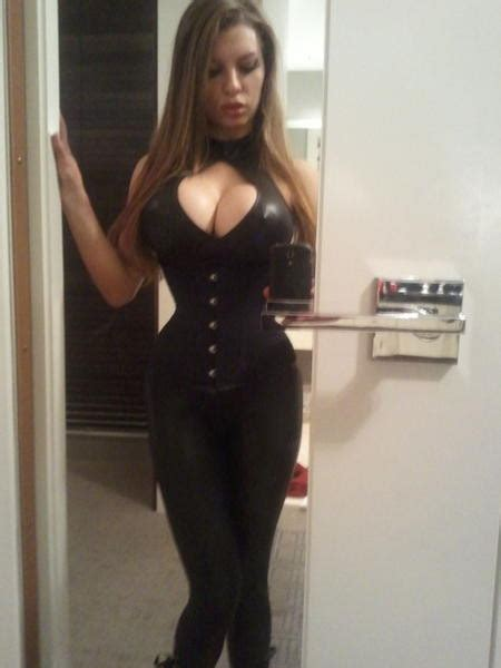 Collection Of Sexy Busty Girls Sexy Busty Girl Bad