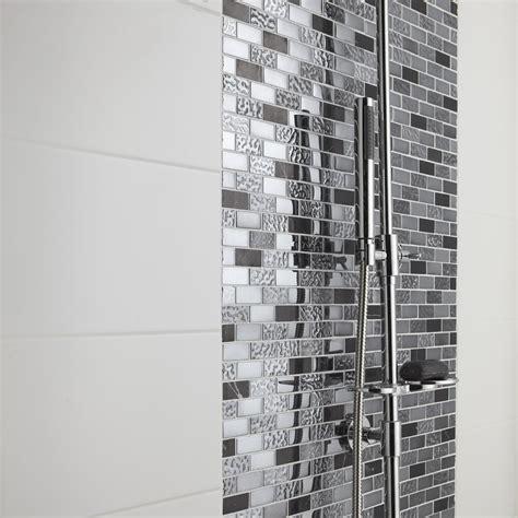 faience adhesive cuisine mosaïque sol et mur fusion neo futurisme noir et chrome