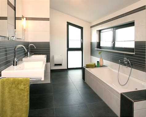 Badezimmer Fliesen Avec Badezimmerplanung Beispiele
