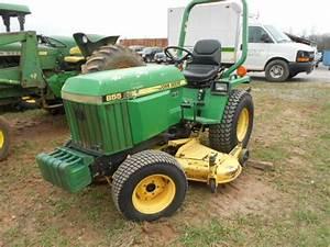 1986 John Deere 855 - Compact Utility Tractors