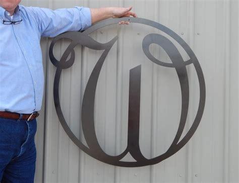 monogram front door circle   initial door decor metal indooroutdoor