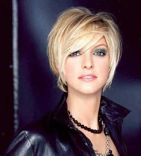 belles coupes courtes blondes pour cheveux courts